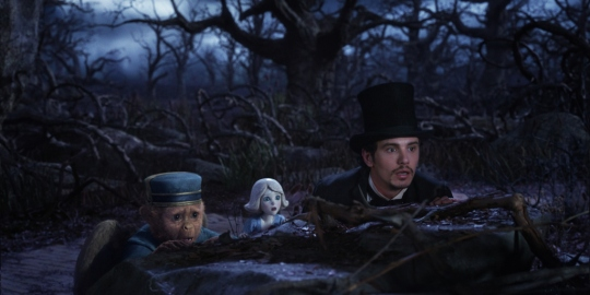 "Finley (Zack Braff), China Girl (Joey King) & James Franco in ""Oz the Great and Powerful"""